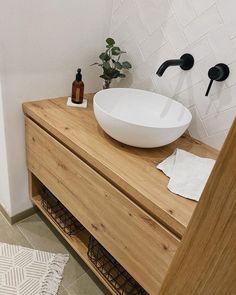 Willkommen im Haus 22 🧡 (@house.no22) • Instagram-Fotos und -Videos Vanity, Bathroom, Instagram, Videos, Pictures, Guest Toilet, House, Dressing Tables, Washroom
