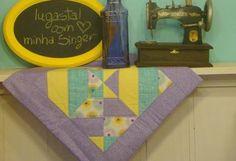 Se você adora costurar pode colocar as mãos na massa e fazer uma bela toalha de mesa com blocos colo