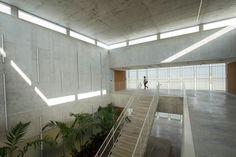Galería - Instituto de Aeronáutica y Aeroespacial / Toro Arquitectos - 1