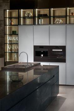 Luxury Kitchen Design, Kitchen Room Design, Kitchen Cabinet Design, Luxury Kitchens, Kitchen Layout, Home Decor Kitchen, Interior Design Kitchen, Home Kitchens, Modern Home Bar