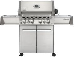 Napoleon Prestige Freestanding 4 Burner Liquid Propane Grill with In Stainless Steel Outdoor BBQ Grill Freestanding Gas Bbq, Bbq Grill, Backyard Bbq, Patio, Masterbuilt Electric Smokers, Green Mountain Grills, Gas Grill Reviews, Grill Brands, Grill Sale