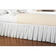 Hometrends Eyelet Lace Bed Skirt