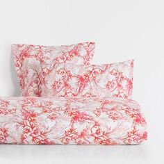 Image of the product Coral Print Bed Linen