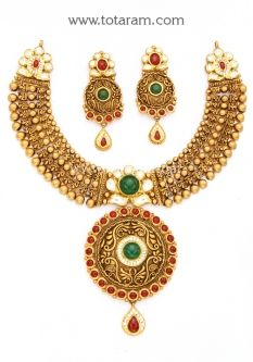 Gold Antique Necklace & Drop Earrings Set with Stones - - Indian Jewelry Designs from Totaram Jewelers Antique Jewellery Designs, Gold Jewellery Design, Antique Jewelry, Gold Jewelry, Bridal Jewelry, Gold Bangles, Gold Necklaces, Antique Necklace, Jewelry Collection