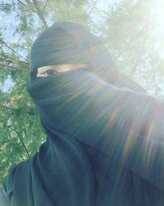 Arab Girls Hijab, Muslim Girls, Muslim Couples, Muslim Women, Hijab Niqab, Muslim Hijab, Hijabi Girl, Girl Hijab, Hijab Dpz
