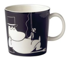 Indulge yourself in a drink with the charismatic Moominpappa. This ceramic Moomin collection is yet another innovative creation from one of Finland's oldest ceramic manufacturers Arabia. Illustrations by Tove Slotte bring Tove Jansson's Moomin world t Rose Bowl, My Coffee, Coffee Mugs, Moomin Mugs, Classic Dinnerware, Tove Jansson, Maker, Cute Mugs, Marimekko