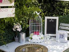 Kır düğünü conceptli masa düzenlemeleri ve bir çok farklı fikir mağazalarımızı ziyaret edebilirsiniz.  Mağazalarımızın adresleri ve yol tarifleri için internet sitemizi ziyaret edin!