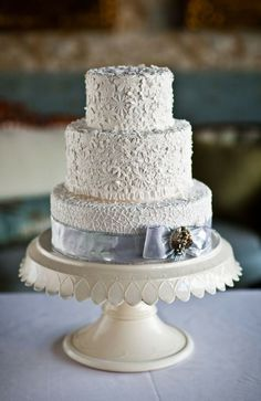 Lace inspired cake