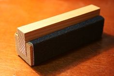 Sanding Block, Outdoor Tools, Wood Ideas, Paper Design, Floating Nightstand, Wood Projects, Upcycle, Workshop, Diy