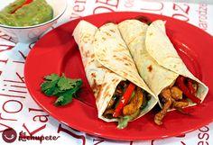 Fajitas mexicanas de pollo con verduras