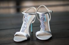 The wedding shoes were not only beautiful but complemented the wedding colors perfectly.   #wedding #shoes #day #bride #photographer #Nashville #TheLodge #photo #blue #BetsyJohnson