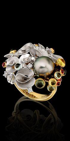 Bouquet of Love   Yellow and white gold, pistachio sea pearl, diamonds, colored sapphires   La Beℓℓe ℳystère