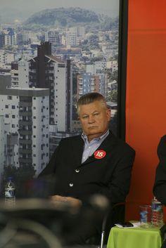 Udo Döhler no debate entre candidatos a prefeito de Joinville, na TVBE