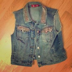 Cropped studded jean vest Adorable cropped jean vest with studs. Size large, I am a size small but it fit because it is a cropped style. Forever 21 Tops Crop Tops