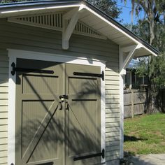 Custom garden shed designed to complement a bungalow in Tampa, FL Craftsman Sheds, Outdoor Spaces, Outdoor Decor, Outdoor Ideas, Shed Doors, She Sheds, Shed Design, Shed Storage, Home Jobs