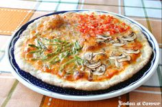 Hoy hemos preparado una cena delciosa, sabrosa y ligera: una pizza de verduras. Aquí os dejamos las receta.