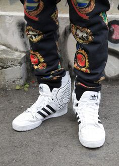sneakers  lesdoitmagazine Bombas 752e0a7a562