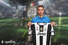 Welcome to Juventus Marko Pjaca