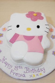 Hello Kitty cake...