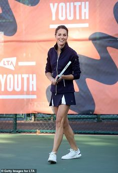 Duchess Kate, Duke And Duchess, Duchess Of Cambridge, Excited Face, Matches Today, Kate Middleton Style, All Smiles, Princess Kate, Sporty