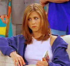 Friends Rachel Green Hair, Rachel Green Friends, Rachel Green Outfits, Rachel Green Style, Jennifer Aniston Hair, Jenifer Aniston, Friends Moments, Friends Tv, Friends Poster