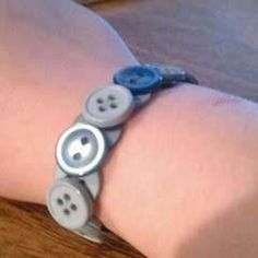 Cute And Easy Button Braclet