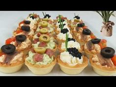 Mini Appetizers, Finger Food Appetizers, Finger Foods, Appetizer Recipes, Rolled Sandwiches, Tea Sandwiches, Aperitivos Finger Food, Mini Tartlets, Wedding Food Menu
