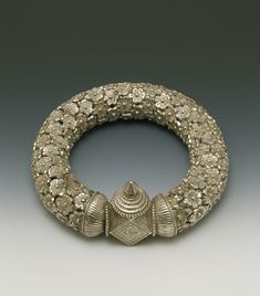 India | Silver Anklet with florets | ca. 1900 | Maharashtra.
