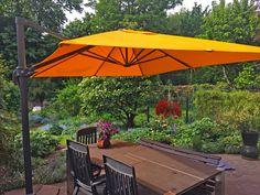 #garten #sonnenschirm #blumenmeer #orange Mit unseren Produkten werden Gartenträume wahr.