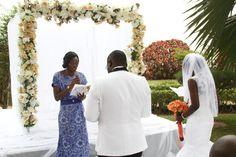 JHALOBIA GARDEN WEDDING : VENUE FOR EXCHANGE OF VOWS