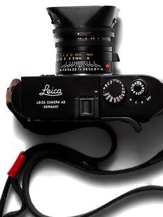 Leica CL, made in a joint effort with Minolta. A brilliant small Leica. People still pay a lot of money for it.