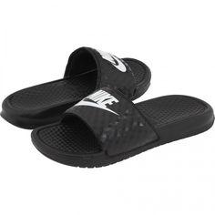 Nike Benassi Jdi Slide as seen on Kaley Cuoco