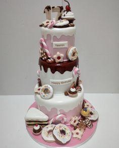 """52 Likes, 5 Comments - Wafaa Cakes Qatar (@wafaa_cakes) on Instagram: """"Happy birthday yasmin  . . . #cake #fondant #fondantcake #birthdaygirl #birthdaycake #wafaa_cakes…"""""""