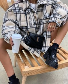 Winter Fashion Outfits, Fall Winter Outfits, Autumn Winter Fashion, Fashion Mode, Look Fashion, Retro Fashion, Mode Streetwear, Cute Casual Outfits, Mode Outfits