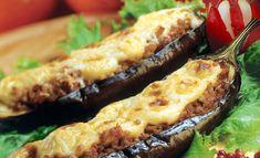Συνταγή για παπουτσάκια -Χωρίς τηγάνισμα, αλλά με απόλυτη πίστη στην παράδοση Healthy Dishes, Tasty Dishes, Aubergine Recipe, Spanish Cuisine, Sauce Tomate, Nutrition, Eggplant Recipes, Grated Cheese, Relleno