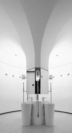 Showroom Interior Design, Interior Architecture, Bathroom Inspo, Bathroom Interior, Washroom Design, Bathroom Toilets, Commercial Interiors, Ceiling Design, Lighting Design