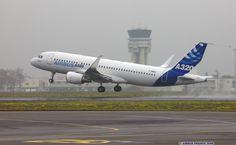 Resultados de la Búsqueda de imágenes de Google de http://www.flightglobal.com/airspace/photos/airbusa320/images/25402/airbus-a320-winglet-test.jpg