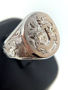 White Gold Signet Ring Off Signet Ring Mens Custom Gold Signet Ring Coat Of Arms Family Crest Monogram Signet Unique Mens Ring Allgemeines Unique Mens Rings, Rings For Men, Big Rings, Custom Signet Ring, Gold Chains For Men, Hand Engraving, Coat Of Arms, Gold Jewelry, Gold Bracelets