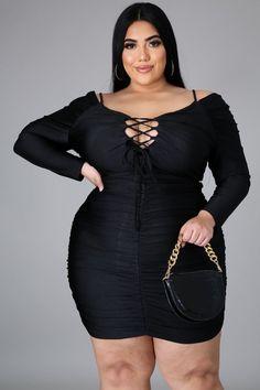 Sunday Outfits, Sunday Dress, Curvy Girl Fashion, Plus Size Fashion, Fat Black Girls, Modelos Plus Size, Plus Dresses, Stretch Dress, Boutique Clothing