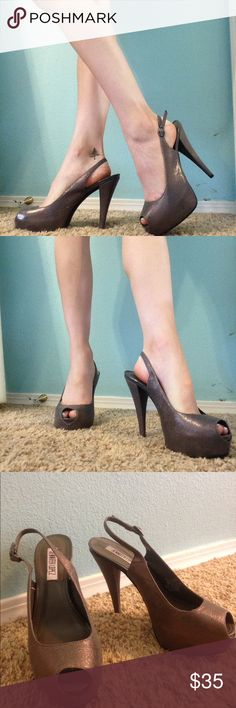 Jennifer Lopez heels size 7! only worn one time! I purchased these a half size too big for me. no flaws. originally purchased for $69. Jennifer Lopez shoe collection. Jennifer Lopez Shoes Heels
