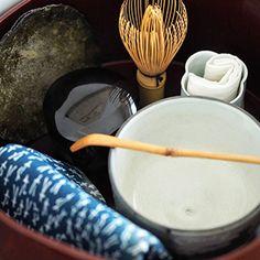 雑誌きものサロン厳選、着物を楽しむ基本&最旬情報 美しく暮らす 365日のヒント 家庭画報.com How To Make Tea, Tea Ceremony, Wabi Sabi