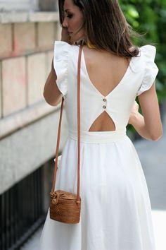 f4fa23220691 romantic dress looks - Lady Addict Vestido Blanco, Vestidos, Moda, Backless