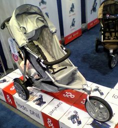 Phil and Teds pushchairs Phil And Teds, I Fall, Baby Gear, Baby Strollers, Baby Prams, Prams, Strollers, Baby Equipment