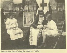 Instruction for knitting for soldiers.1918