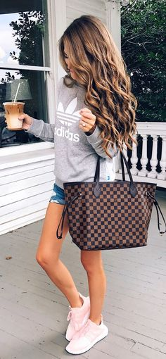 #Summer #Outfits / Gray Sweater + Denim Short Shorts