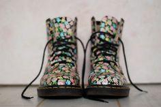1990s floral print Doc Martens boots
