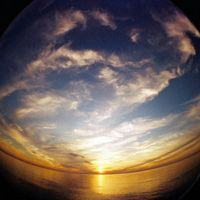 100 Fantastic Photos Taken With a Fisheye Lens. Gives some GREAT ideas for WHEN to use the fish eye lens