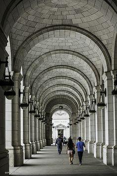 ˚Union Station walkway - Washington DC