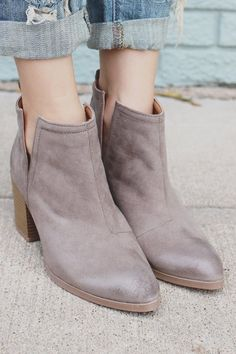 Taupe Cut Out Wooden Heel Pointed Toe Booties Wilson-02