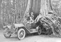 Vancouver residents and visitors were fond of photographing themselves in front of Stanley Park's hollow tree in the early part of the last century.